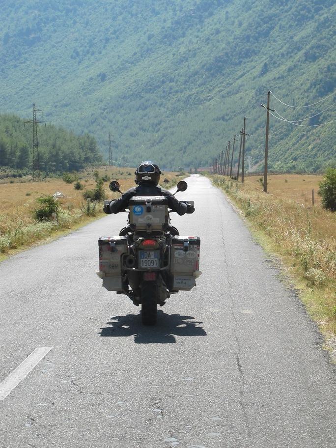 balcani-moto-bmw-gs-albania