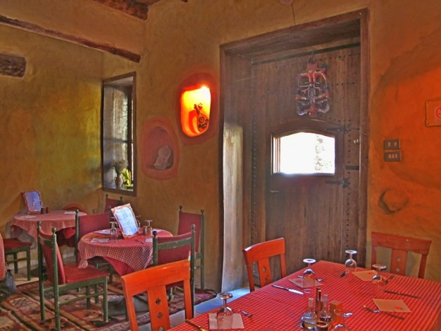 tunisia-couscous-street food