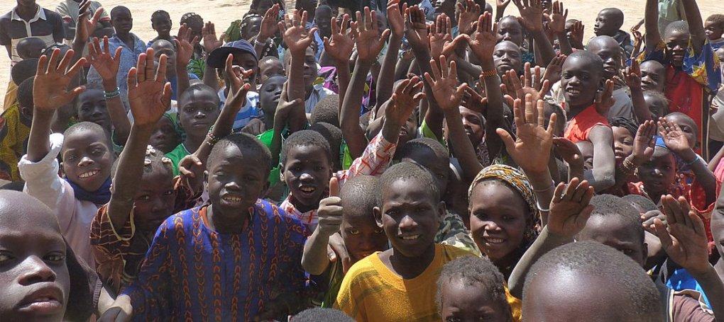 bambini-villaggio-mali