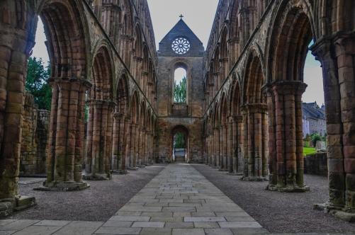 Jedburgh Abbey, una delle 4 grandi abbazie dei Borders scozzesi.