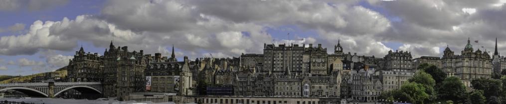 una panoramica di Edimburgo
