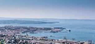 Trieste vista dal punto di arrivo del Tram