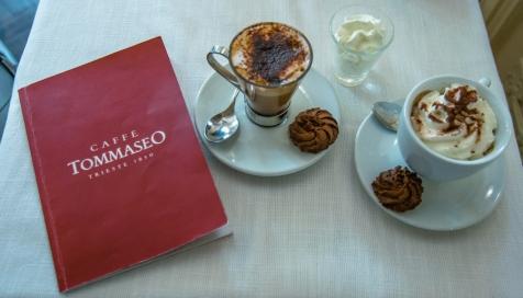 Una delle tante versioni di caffè in uno storico locale